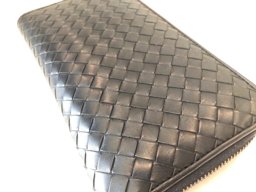 ボッテガヴェネタの長財布〜2年使用時の経年変化について〜